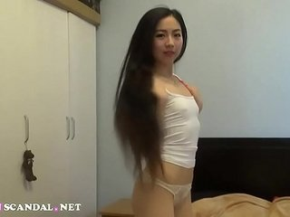 China doll petitesummerlin fucks her white boyfriend on webcam and eats his cume  27