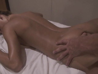 He made a rub-down plus she could quite a distance unwillingly