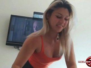 Fã Sortudo Comendo No Pelo A Safada Da Broadcast Antunes!