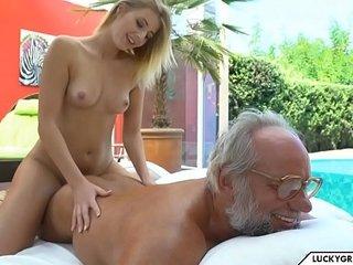 hot rub down be advantageous to grandpa